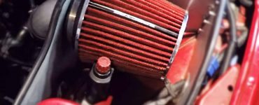 Cold air intake heat shield
