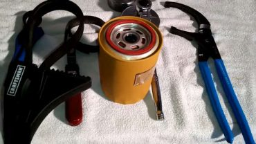 oil filter wrench by froggy
